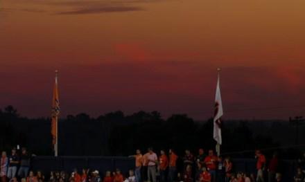 Auburn Stadium in der Dämmerung
