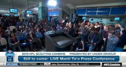 Vor der Pressekonferenz - Bild: NFL-Network