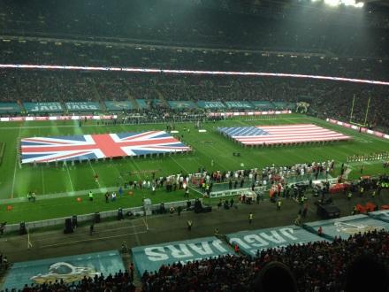 Die Hymnen vor dem Spiel: NFL-Wembley 2013