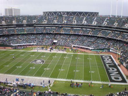 Oakland_Coliseum_field_from_Mt._Davis